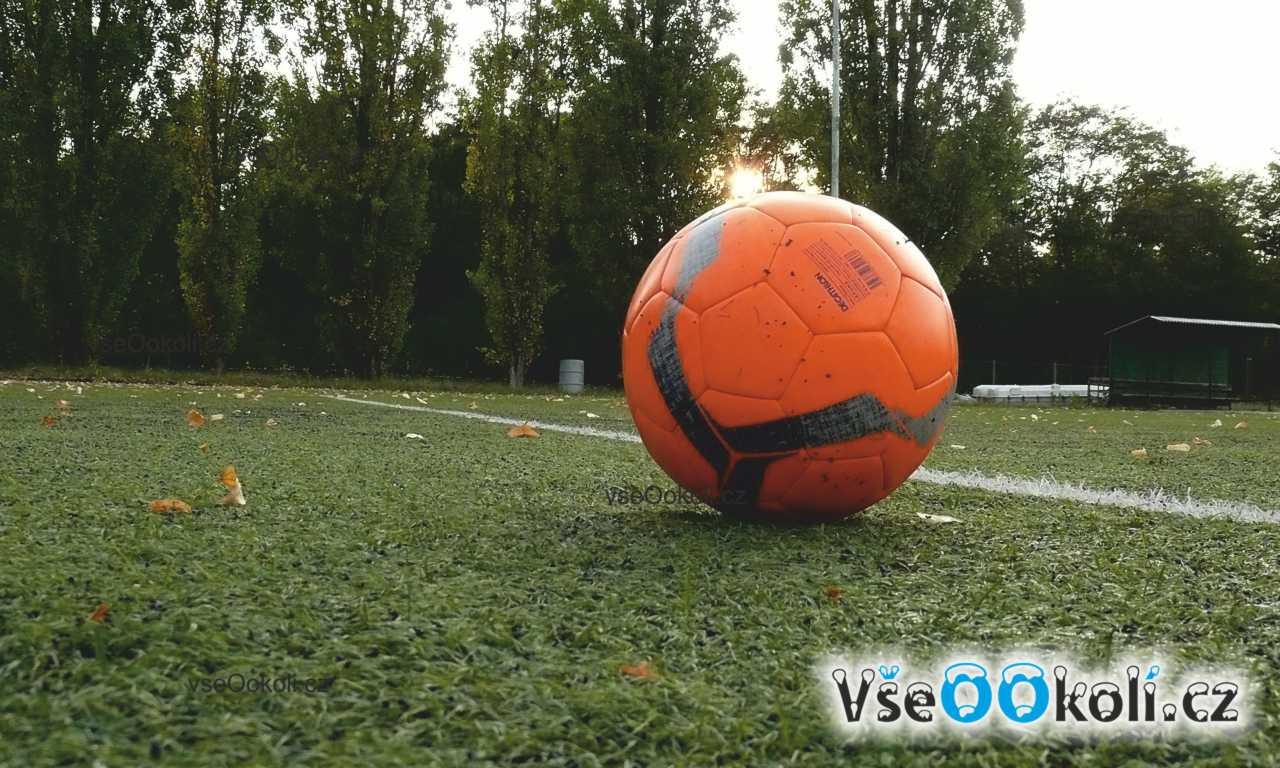 Fotbal je nádherný sport.