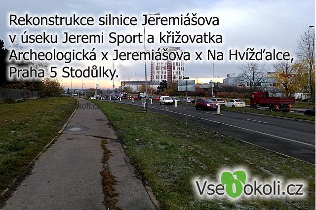 Na PRaze 5 ve Stodůlkách se opravuje povrch silnice Jremiášova, která vede od Zličína na Nové Butovice.
