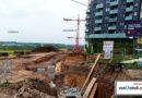 Základy a přípravné práce kvůli stavbě nových bytů a paneláků.